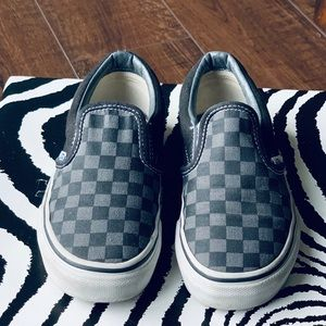 VANS 💥 Black & Gray Checkered Slip-On Sneakers